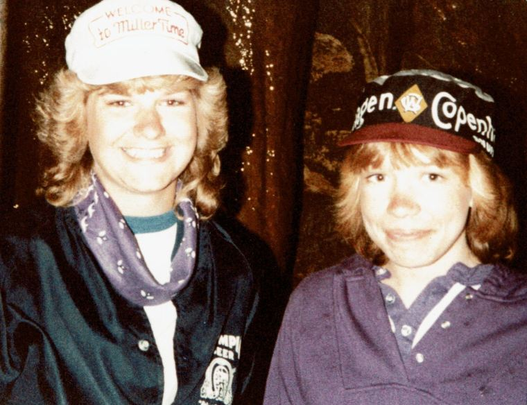 1983 Mary Beth and Julie at the Grotto in Iowa